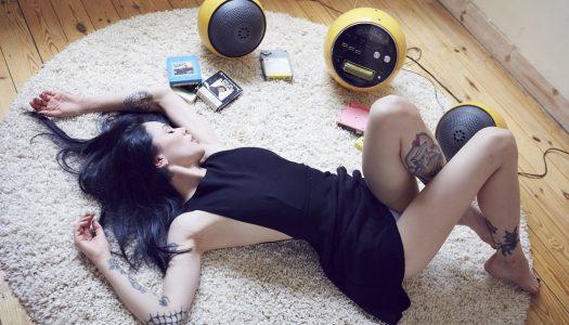 Vikki Blows: Behind the Scenes No2