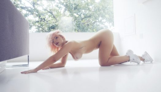 Jess Davies: Pink Dream